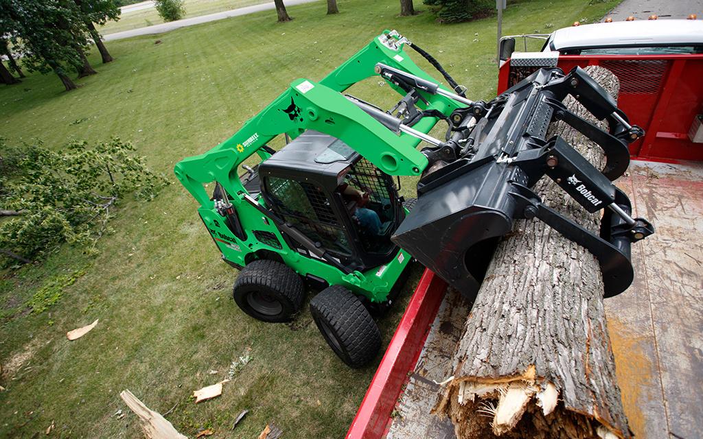 Sunbelt Rentals Equipment Spotlight Skid Steer Attachments