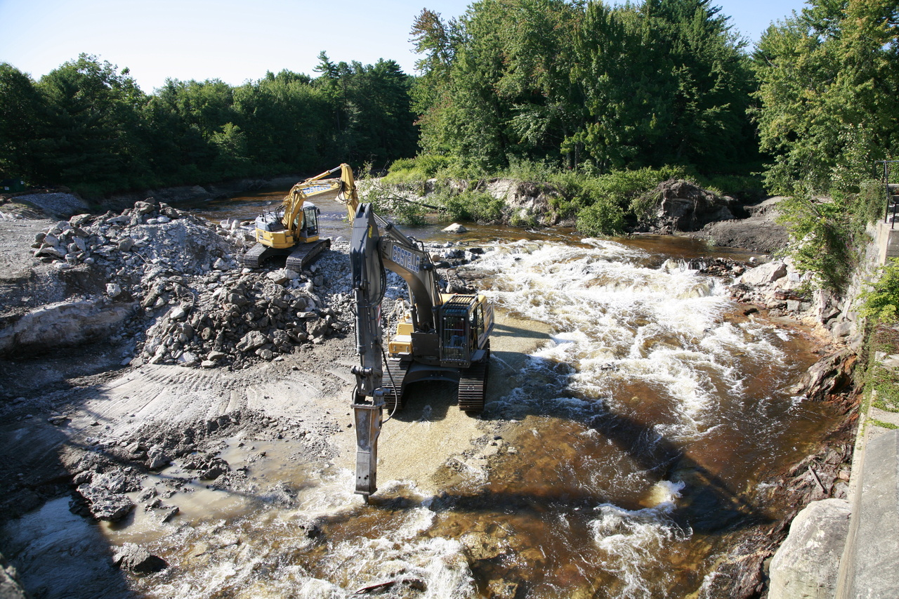 removal of Merrimack Dam in New Hampshire
