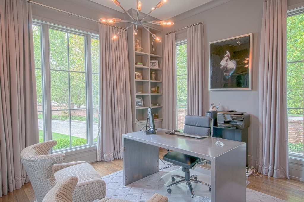 This is the home office Leslie designed for her husband, with one of her favorite photographs, 'Angel' by Zena Holloway. Image| Kathryn Willis.