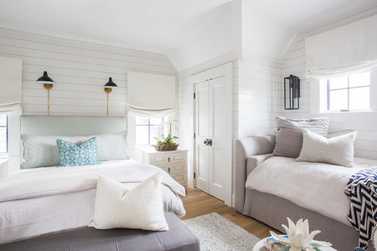 SB Memphis Design Crush Glennys Cowles Water Bedroom