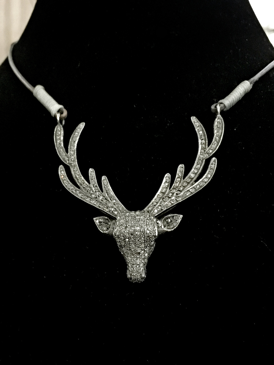styleblueprint atlanta september finds deer choker