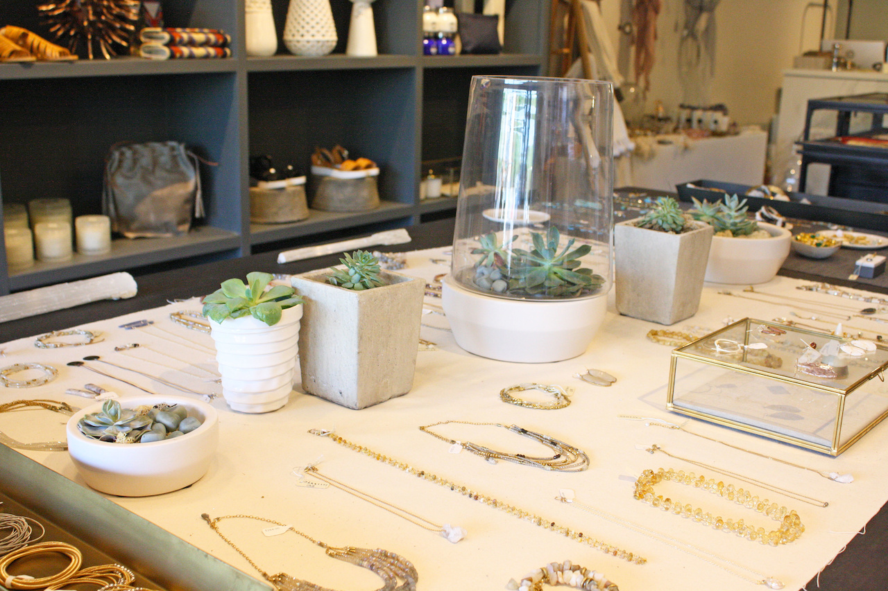 sb-atlanta-rivermintfinery-display.jpg