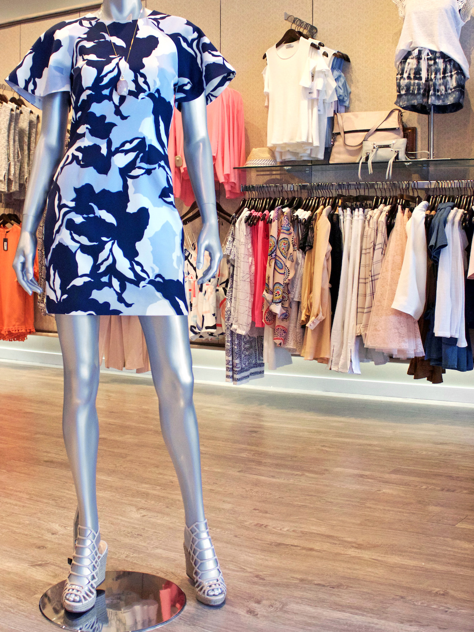 A stunning print dress and wedges are a sure bet for a Derby wacthing party