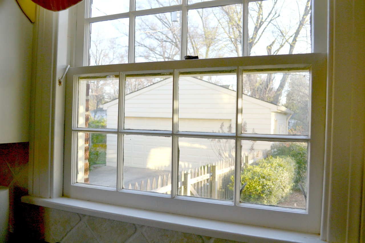 Double hung windows are very hard to open