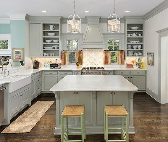 decorating with color in the kitchen
