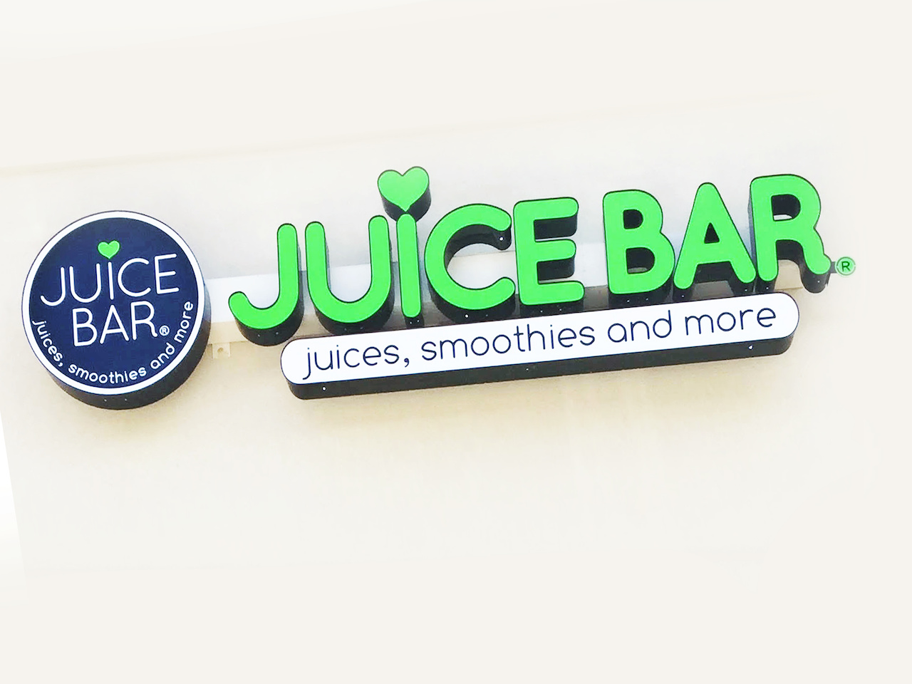 Get ready for a healthy and energizing meal at Juice Bar, where you won't leave feeling weighed down or sleepy!