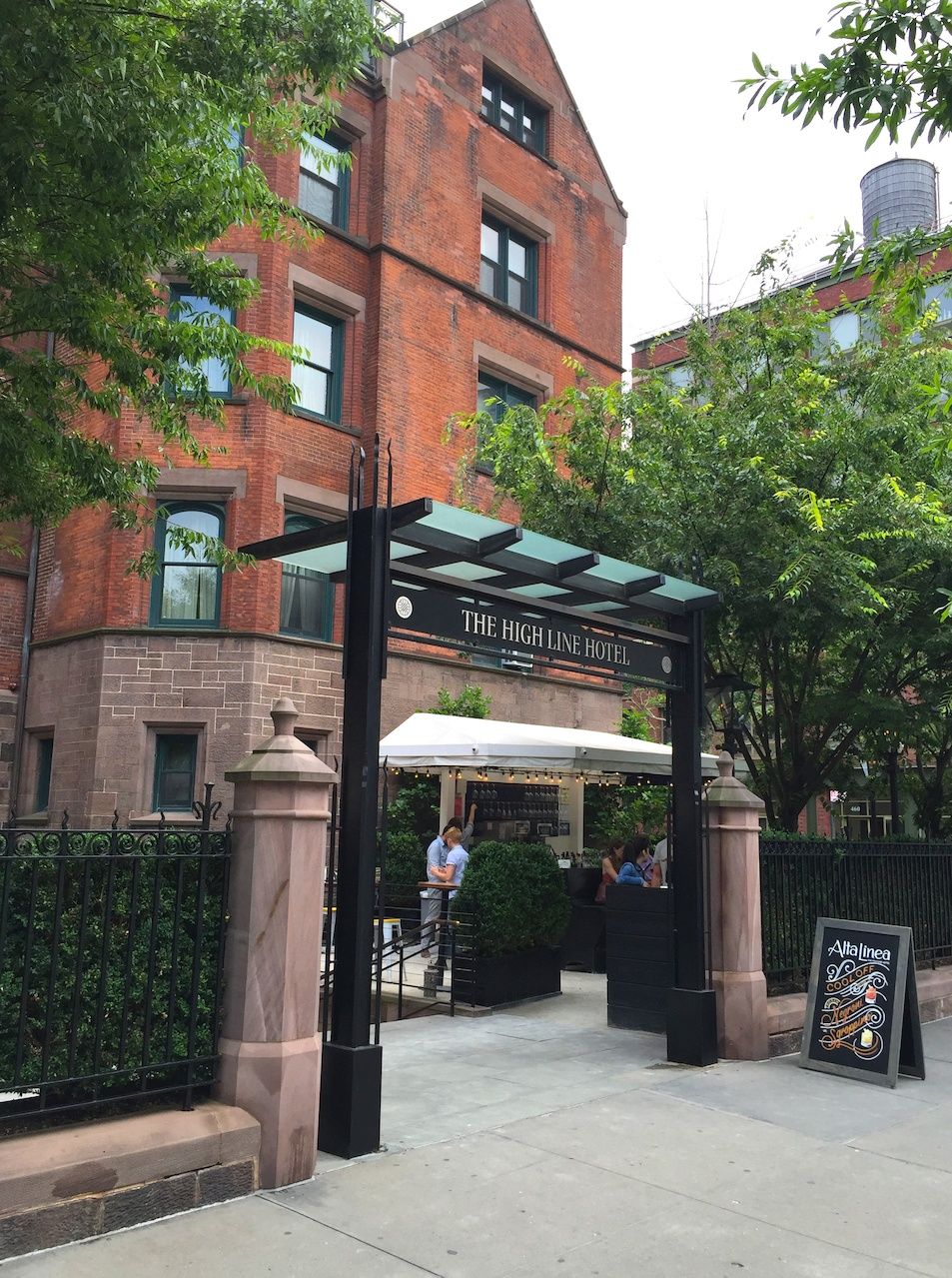 In the heart of Chelsea's galleries (and of course, the High Line itself), the High Line Hotel has a charming courtyard restaurant.