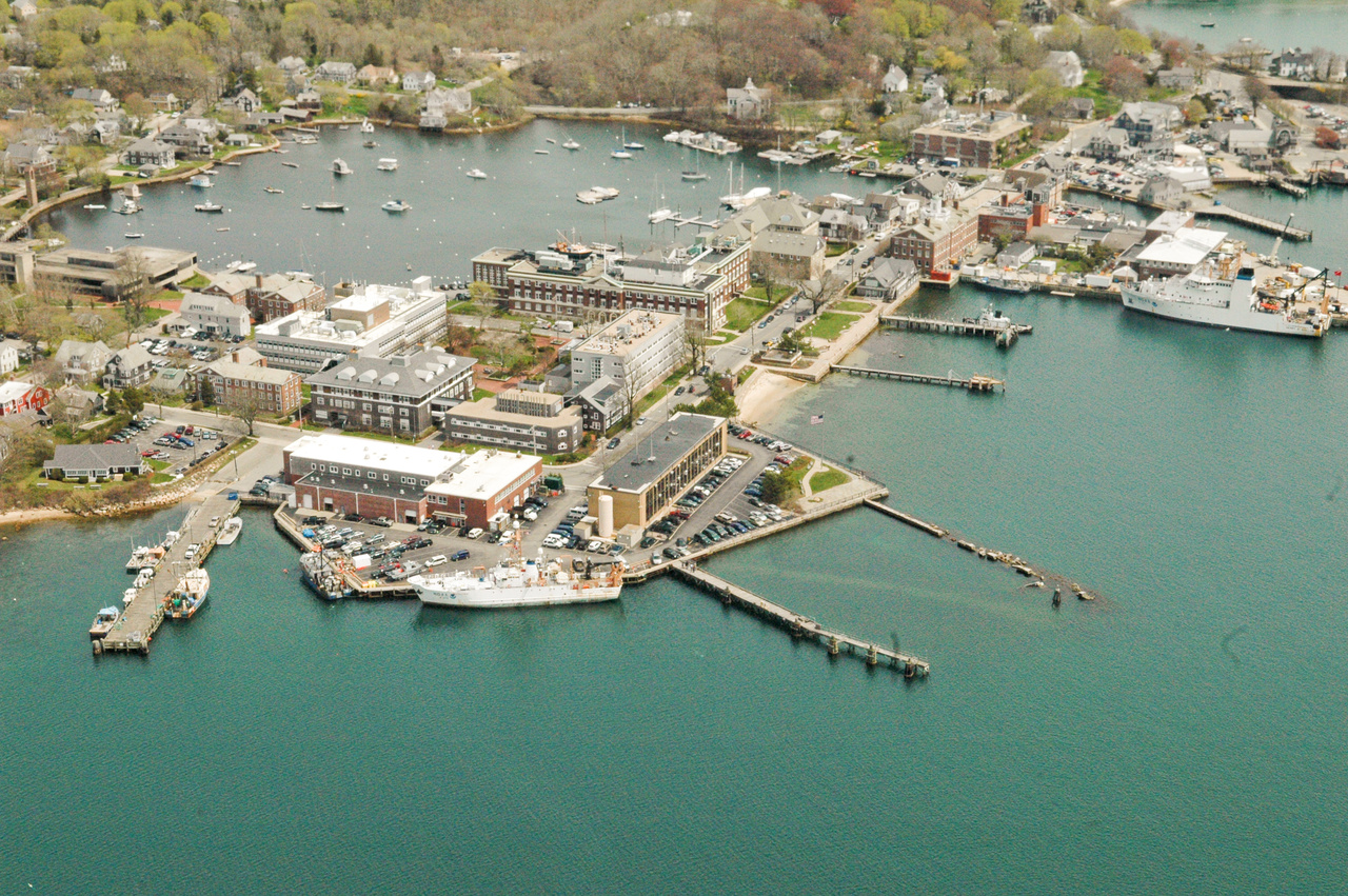 Woods Hole Laboratory