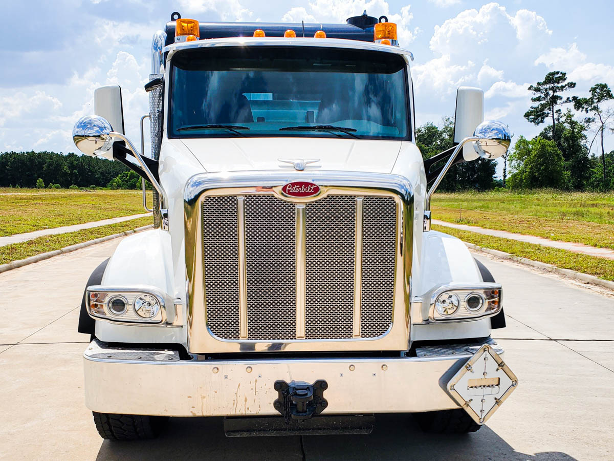 2020 Peterbilt 567 8x4 CUSCO TurboVac 3627B-HL Hydrovac Truck