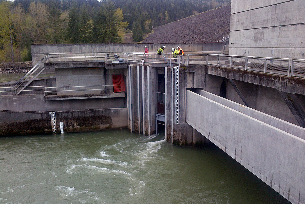 Foster Dam