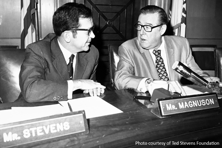 Senators Ted Stevens (l) and Warren Magnuson (r).
