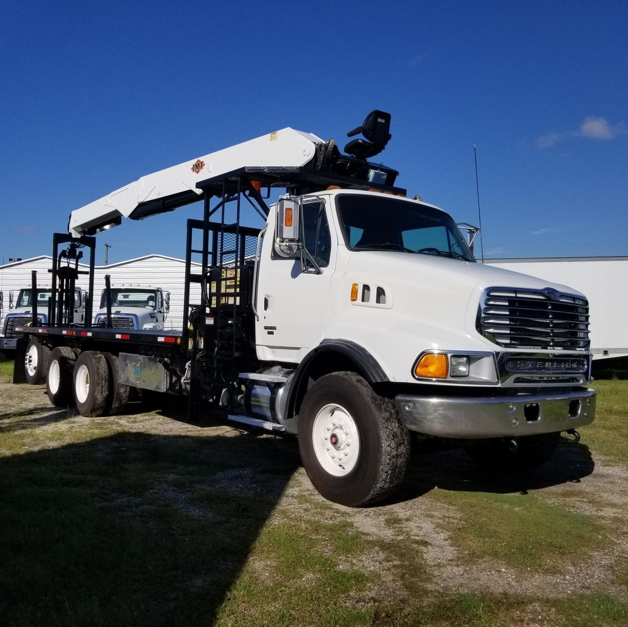 IMT 24562 with top seat Drywall Crane on 2006 Sterling LT9513 8x4