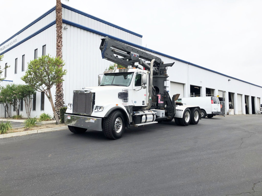 Olympic OLYMPIC 14 Knuckle Boom on 2015 Freightliner 122SD 6x4