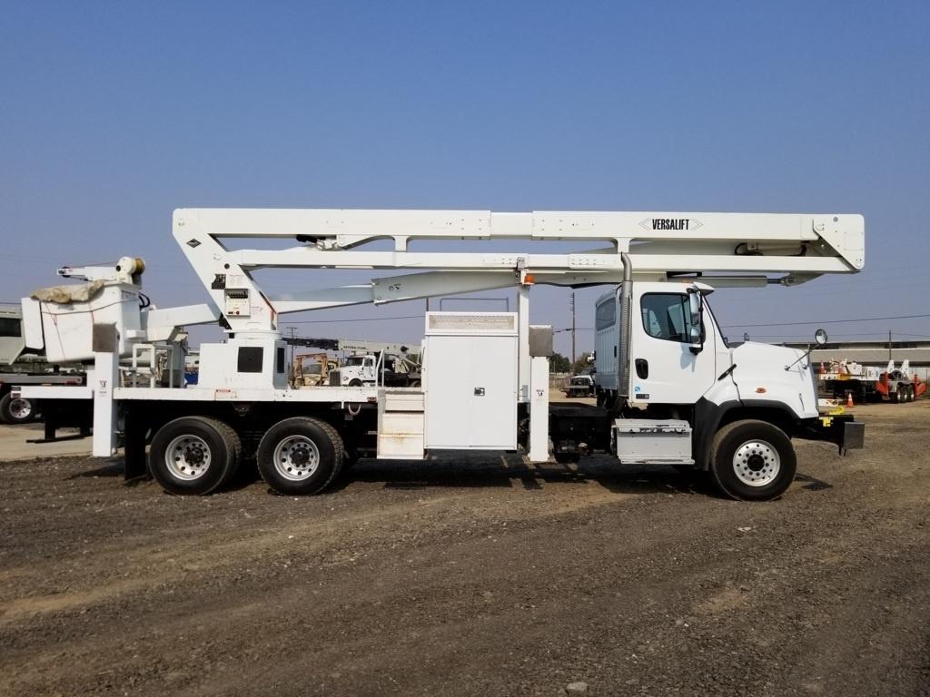 2014 Freightliner 108SD 6x6 Versalift VST-9000-I Bucket Truck