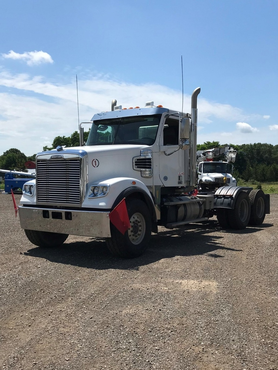 2016 Freightliner 122SD 6x4 Tractor
