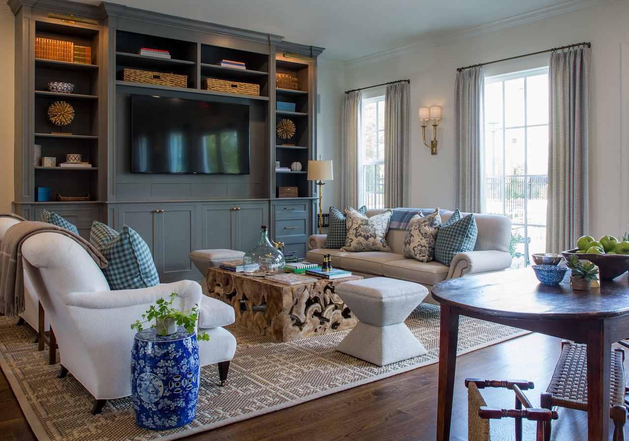 The clubhouse within a residential community of Schilling Farms shows a fresh approach to a classic design, which sets the tone throughout the entire project.