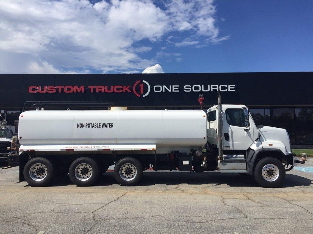 2013 Freightliner 108SD 8x8 McLellan 5000 B3 KIT+Cannon Water Truck