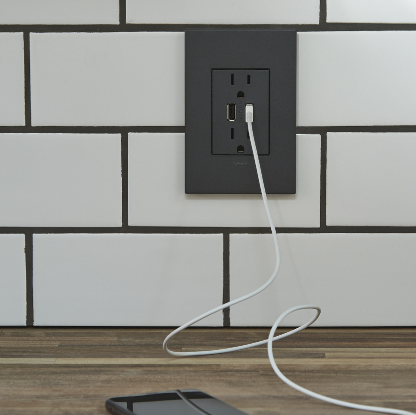 radiant collection usb outlet