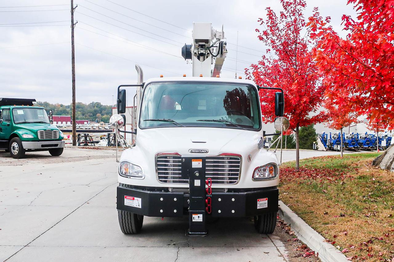 2021 Freightliner M2106 4x2 Load King Stinger 10-47 Boom Truck