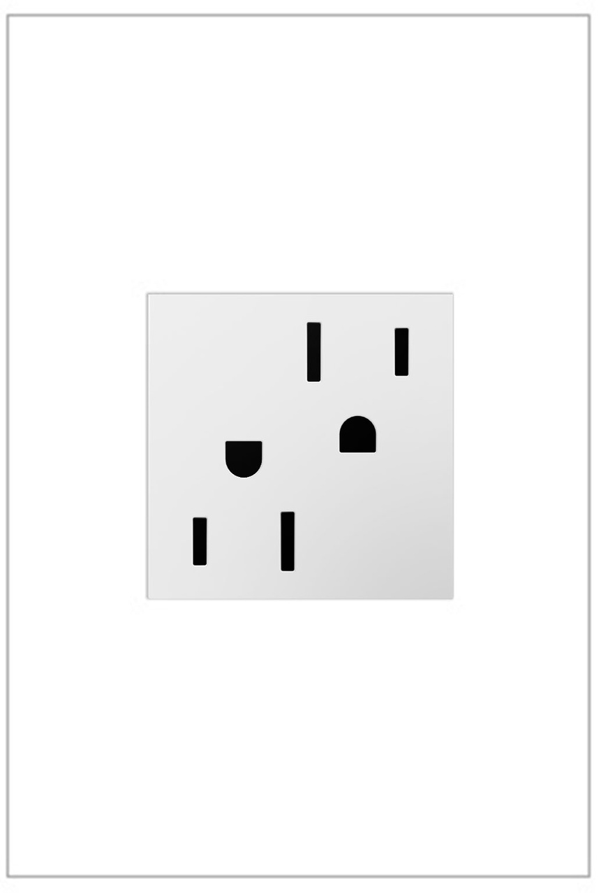 Outlet, 15A, White