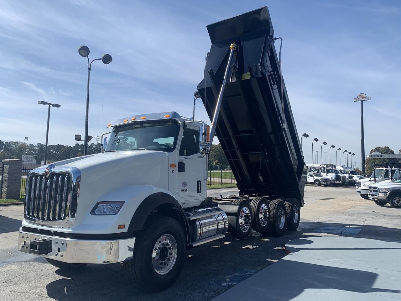 2018 International HX620 10x4 OX BODIES 18' Stampede Dump Truck