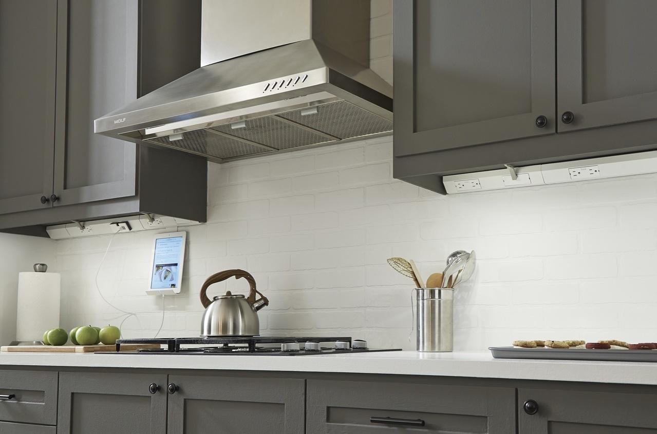 Desktop image of adorne Under-Cabinet Lighting in kitchen with modern kitchen