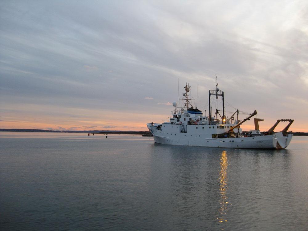 Research vessel Albatross IV underway