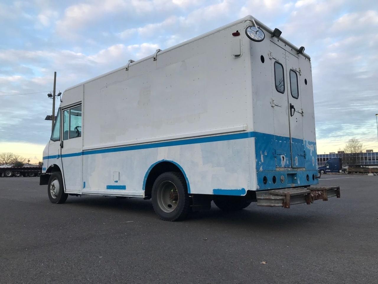 2004 Freightliner MT45 4x2 Van:Delivery/Passgr - Custom Truck One Source