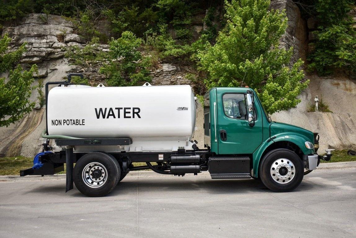 2015 Freightliner M2106 4x2 Load King 2500 Gal Kit Water Truck