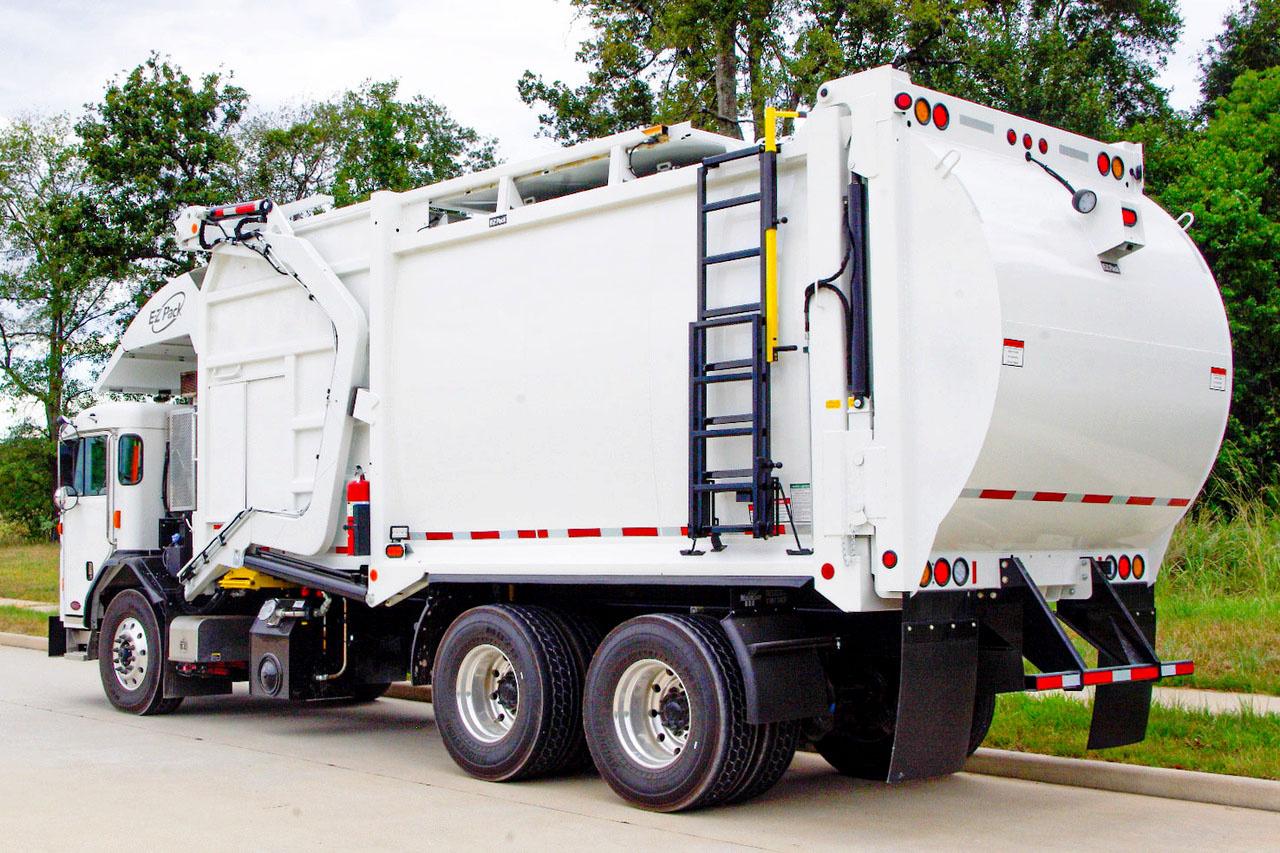 2019 Peterbilt 520 6x4 E-Z Pack Hercules Refuse/Recycling Truck