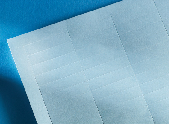 LabelMo paper stock for IMO in blue, OR-70400411-26