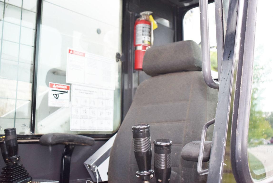 2013 Peterbilt 367 10x6 Elliott 45127R Boom Truck