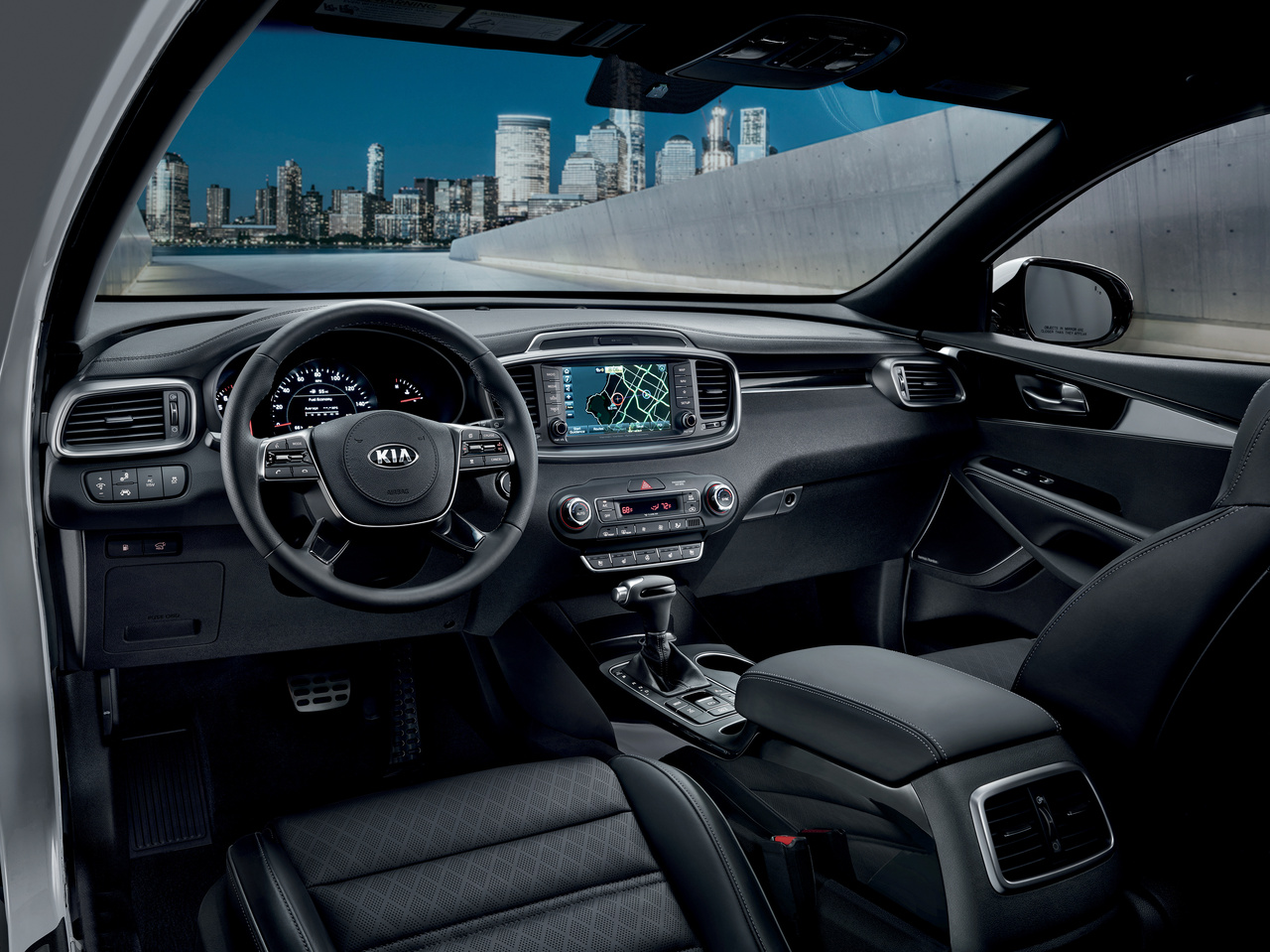 Kia Sorento interior features
