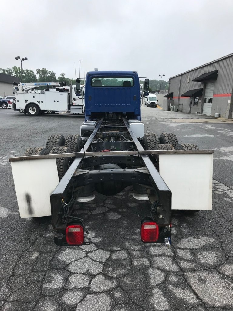 2013 Freightliner M2106 6x4 Cab & Chassis