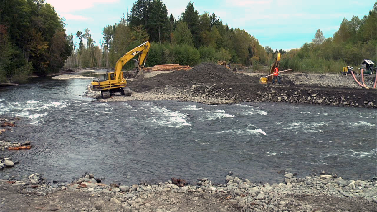 Removing a dam from the Elwha River in Washington