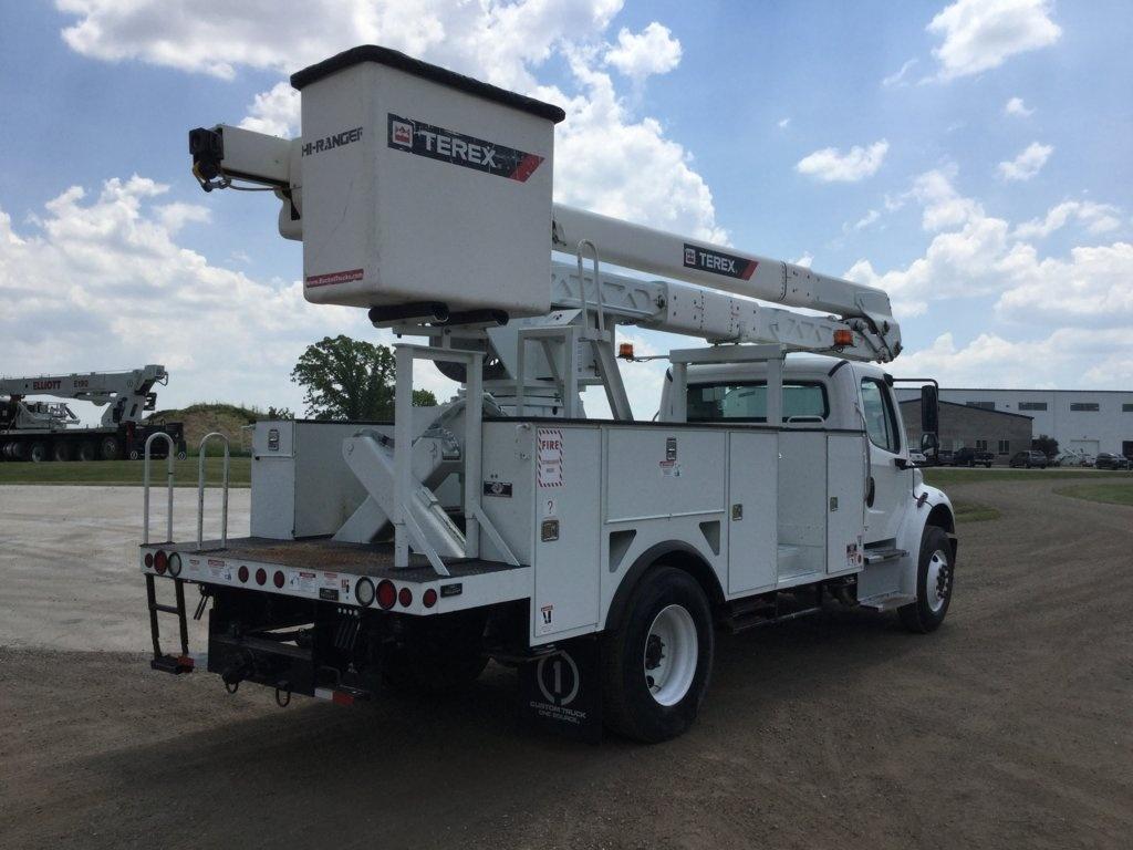 2015 Freightliner M2106 4x2 Terex HRX55 Bucket Truck
