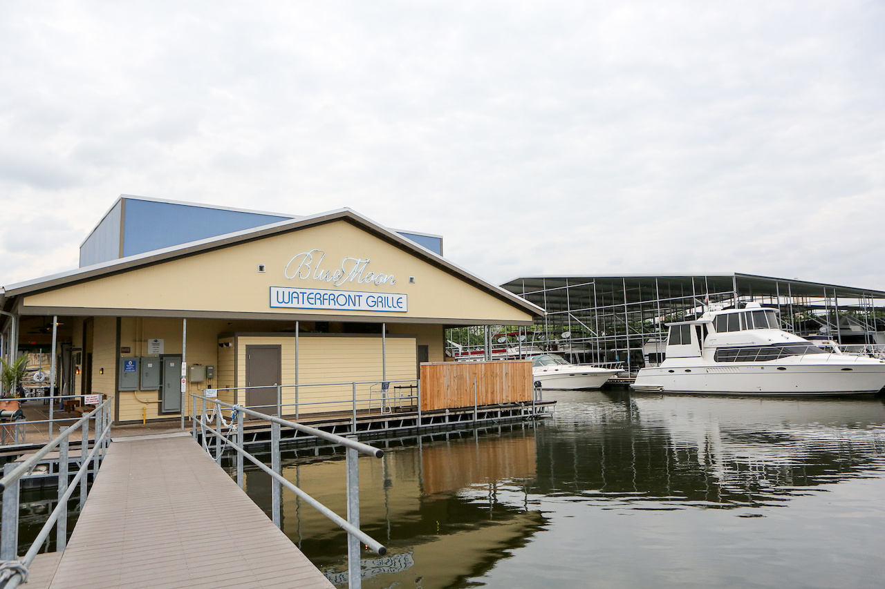 Blue Moon Waterfront Grille is a waterfront restaurant in Nashville