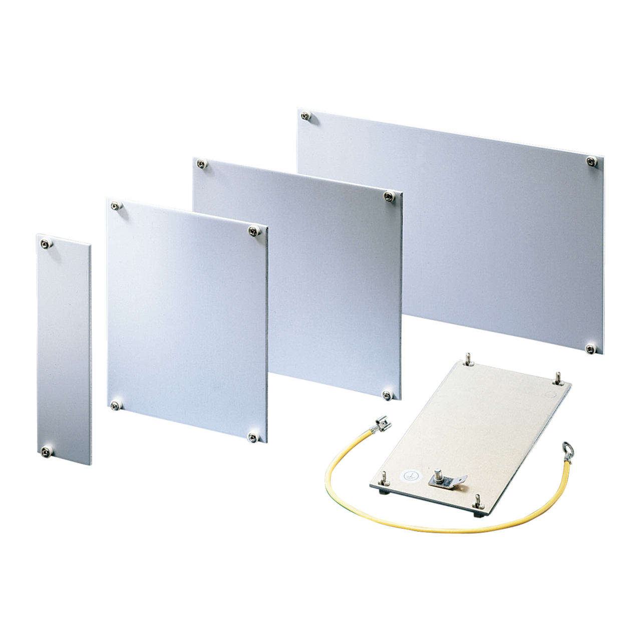 Image for Front panel, front anodized, rear passivated, unshielded, grounded from nVent SCHROFF | Europe, Middle East, Africa and India