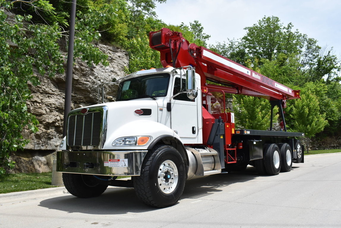 2018 Peterbilt 348 6x4 Manitowoc 30124C Boom Truck