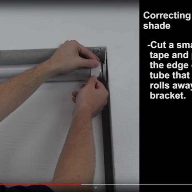 Hands adjusting roller shade mechanism
