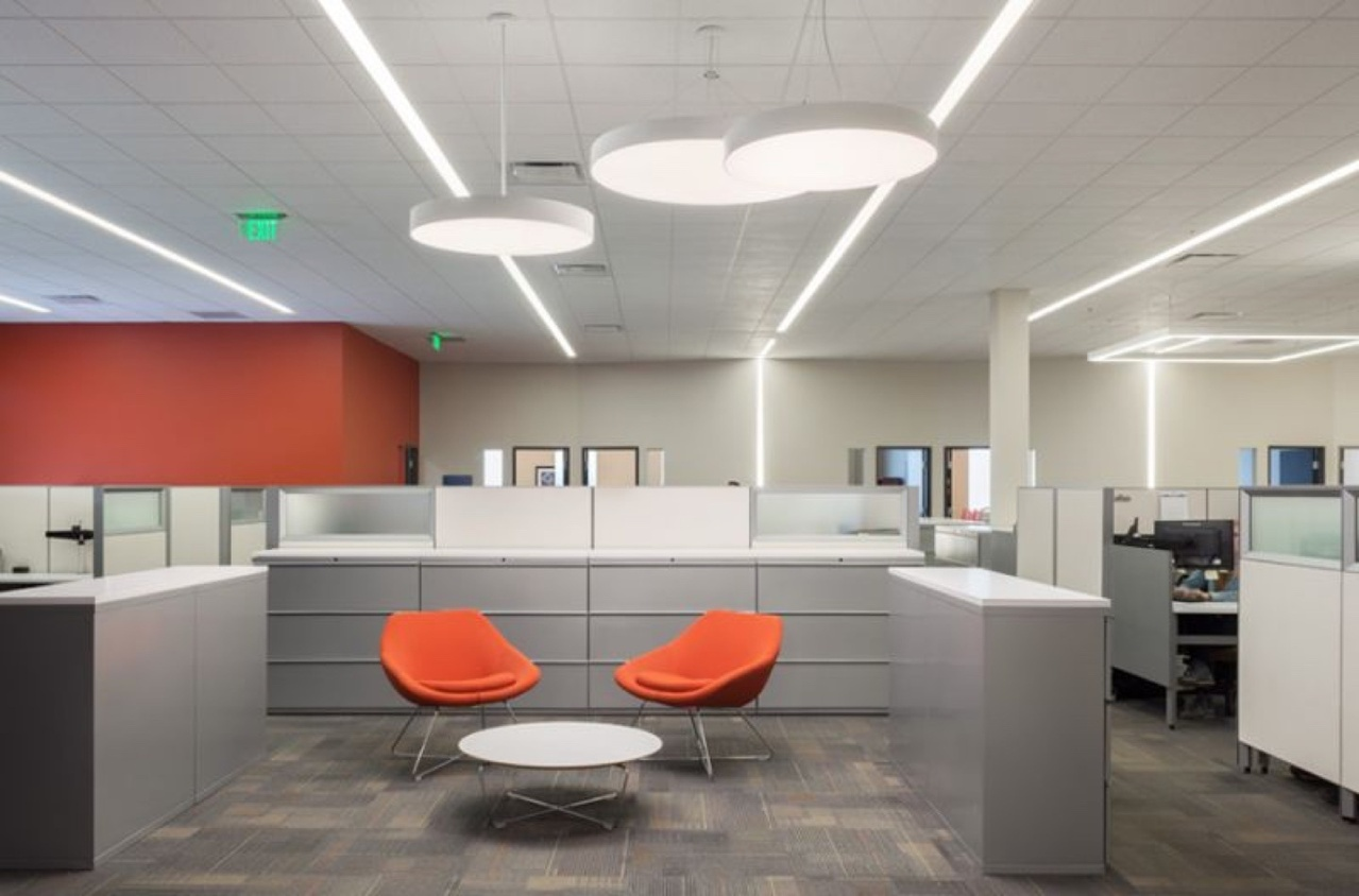 Pinnacle round lighting in above cubicles