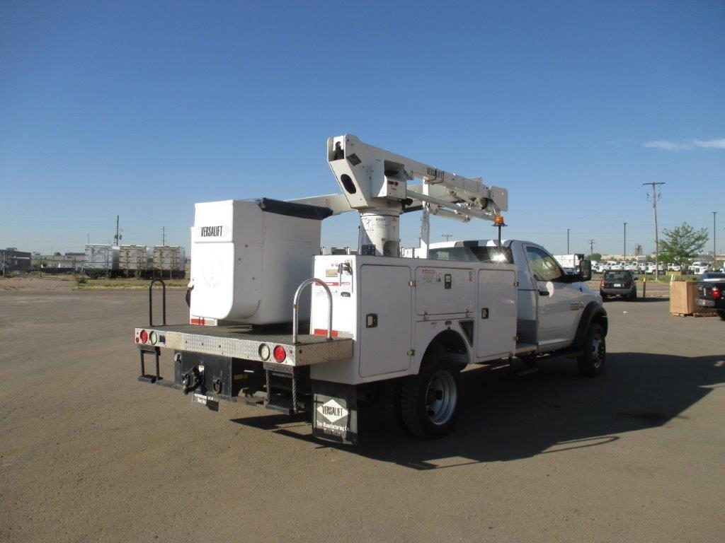 2016 Dodge Ram 5500 4x4 Versalift SST-40-EIH Bucket Truck