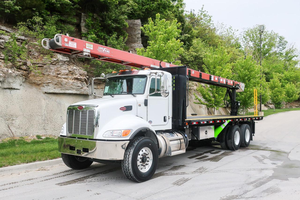 Load King Premier 40' Roofing Conveyor on 2019 Peterbilt 348 6x4