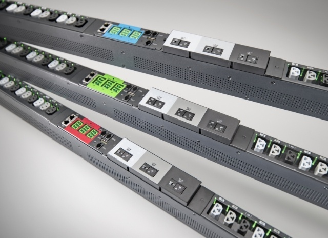 Tablet image of Server Technology's award winning high Density Outlet Technology (HDOT) rack PDU