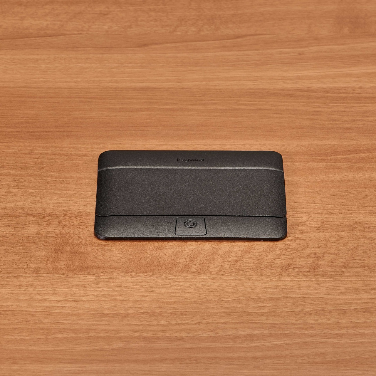 deQuorum Flip-Up Table Box 1-Gang 20A recep 3.1A USB, black finish-closed view, DQFP20UBK