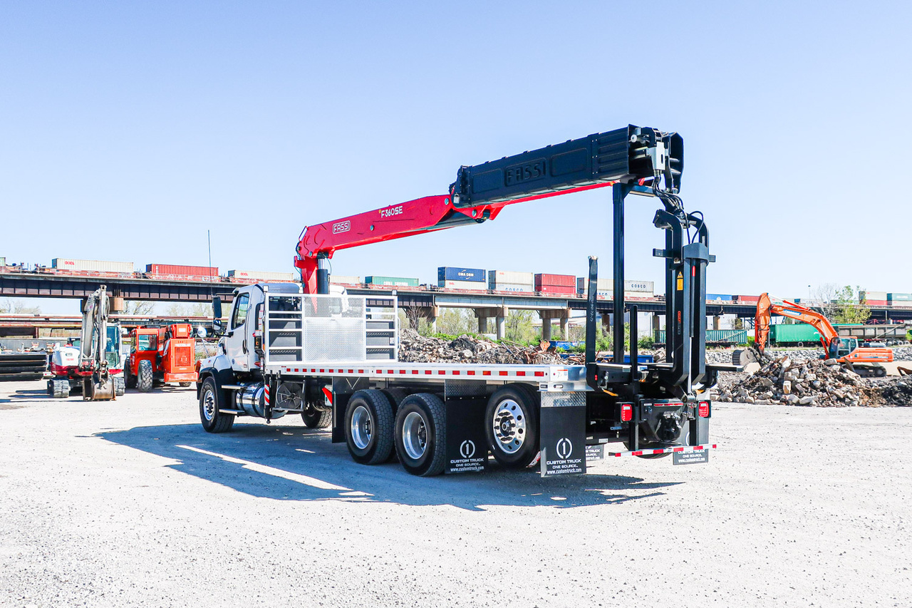 FASSI F360 SE24 Building Supply on 2020 Freightliner 114SD 6x4