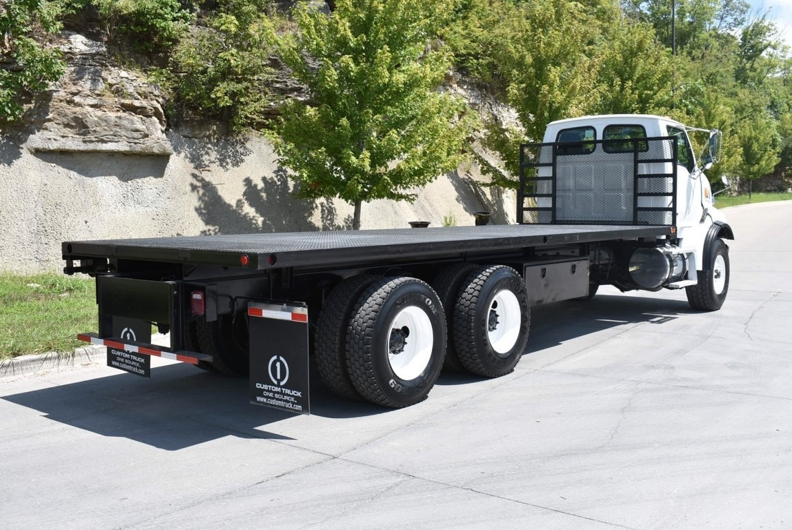 2007 Sterling LT9500 6x4 Flatbed Truck