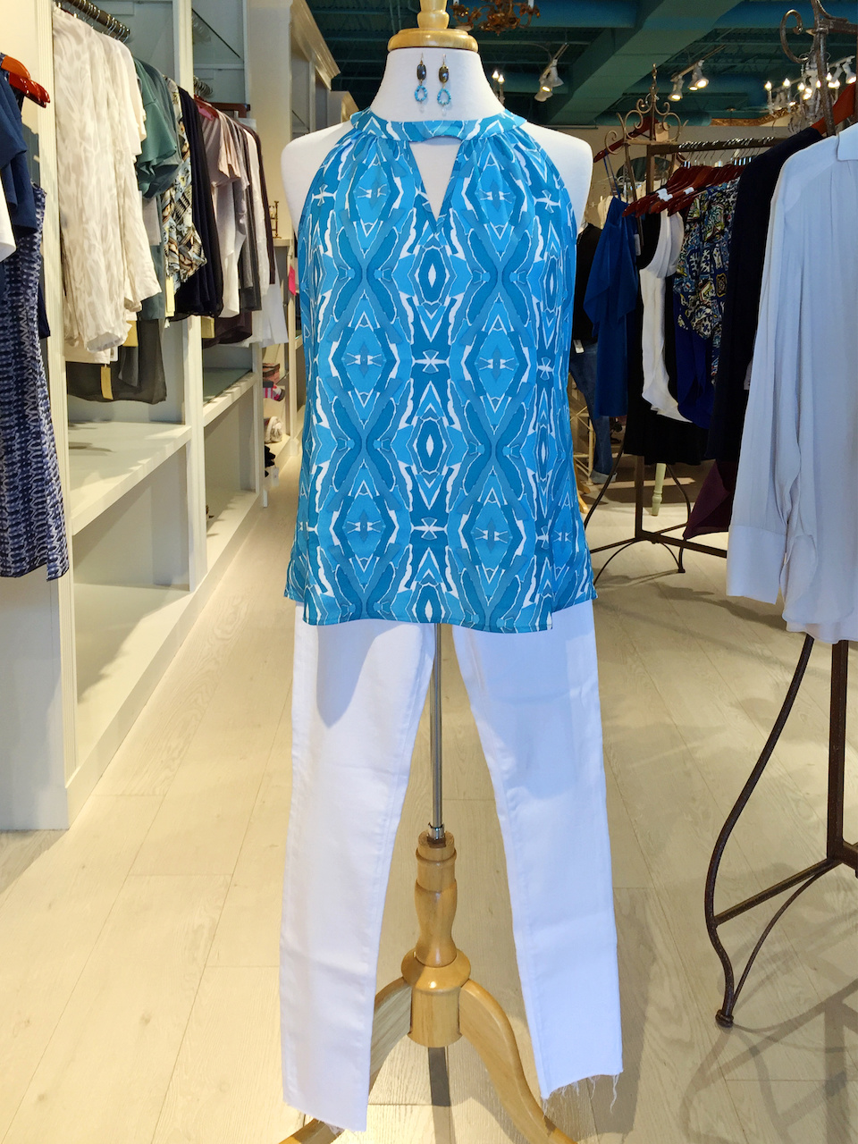 Frolic Boutique white jeans styleblueprint atlanta