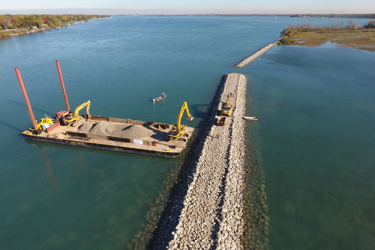 A protective habitat shoal under construction at Stony Island. Photo: Great Lakes Aggregates