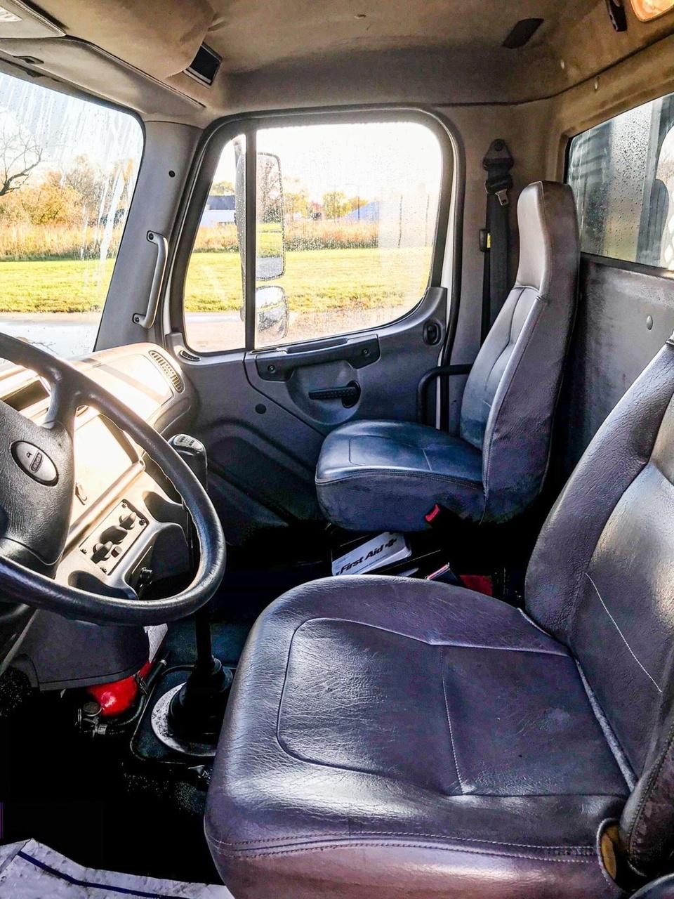 2012 Freightliner M2106 6x4 Flatbed Truck
